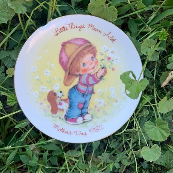 •vintage mother's day decorative plate•